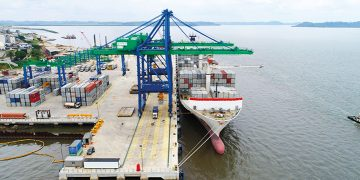 Opening up Gabon: EAIF lends €40 for new special economic port