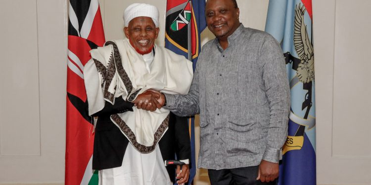 Kenya's President Uhuru Kenyatta has underscored the need for East African Community member states and the wider region to nurture peace and unity, saying colonial boundaries should not divide people.